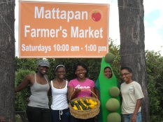 MFFC Farmers Market opening day in 2009