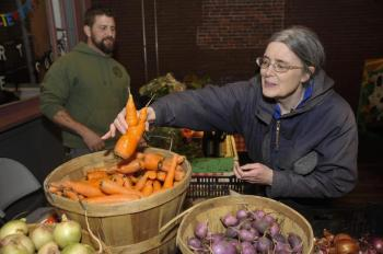 MCG farmer's market -photo from Globe Article Jan 5